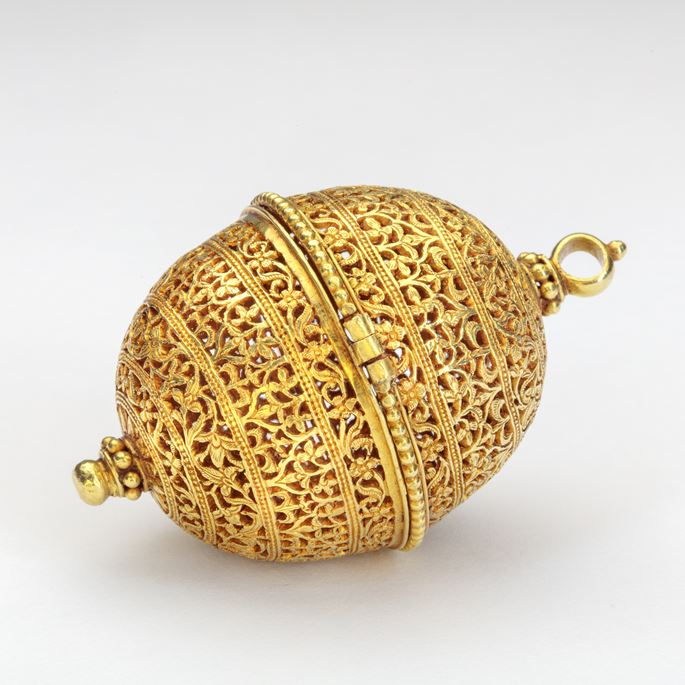 Gold Container (Bezoar or Goa Stone) | MasterArt