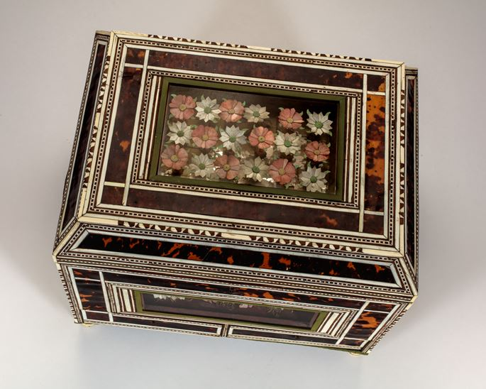 Indo-Portuguese Box with Flower Diorama  | MasterArt