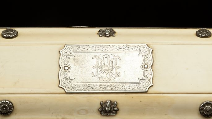 Ivory Box Engraved with Prince of Wales Feathers | MasterArt