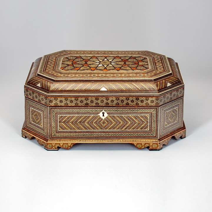 Large Indian micromosaic box