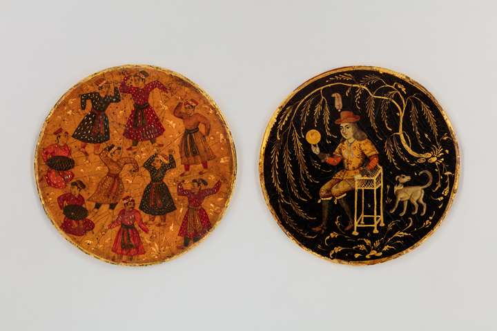 Two playing cards (ganjifa)