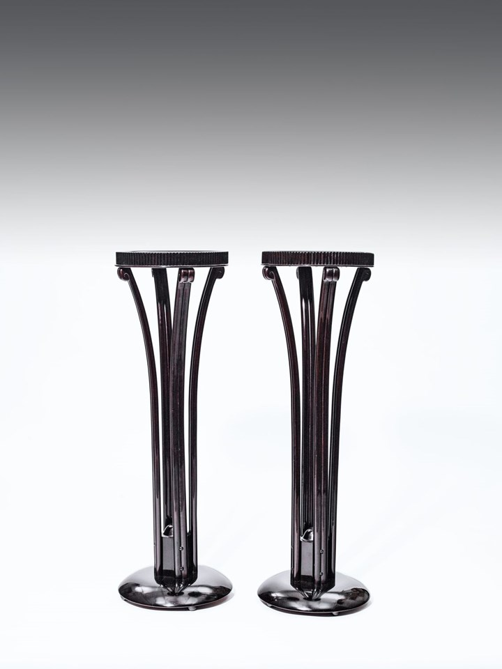 A PAIR OF FLOWER STANDS