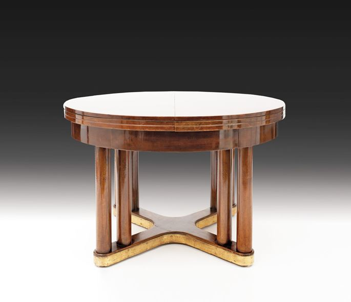 EXTRAORDINARY ROUND EXTENDING DINING TABLE | MasterArt