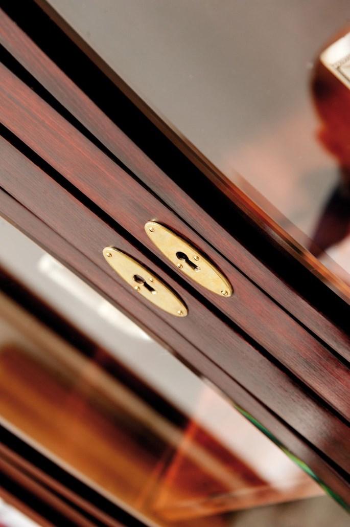 Josef  Hoffmann - SHOWCASE | MasterArt