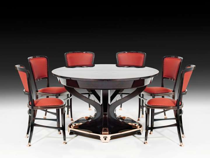 "STATELY DINING ROOM TABLE AND 6 CHAIRS ""MODELL LONDON"""