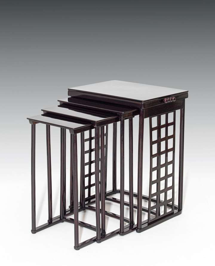 NESTING TABLES WITH SQUARE LATTICEWORK