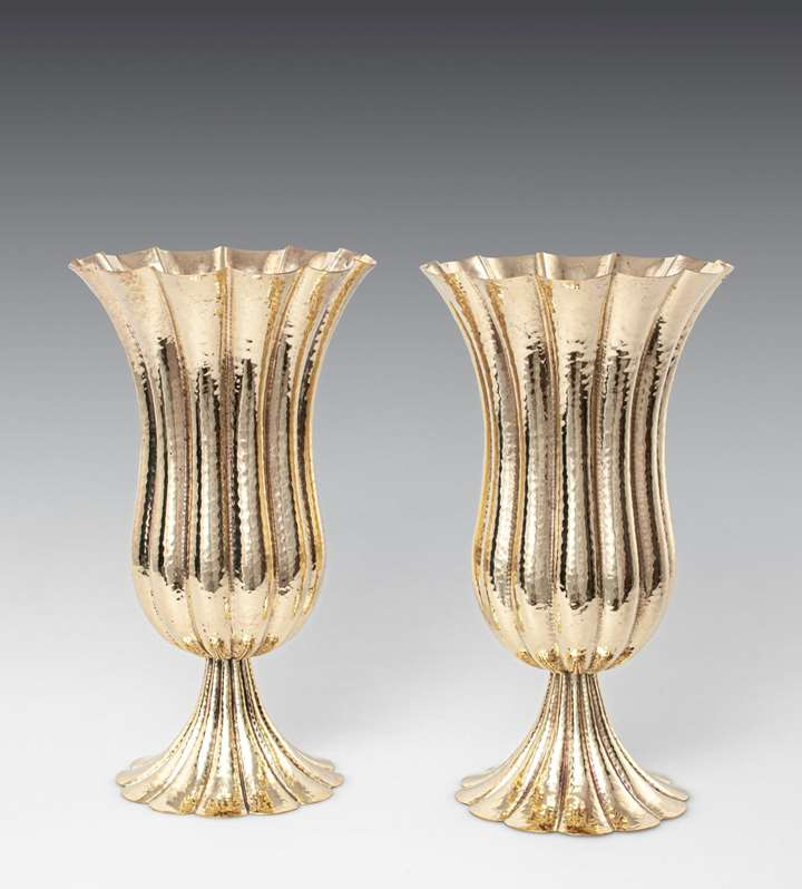 A PAIR OF GOBLETS