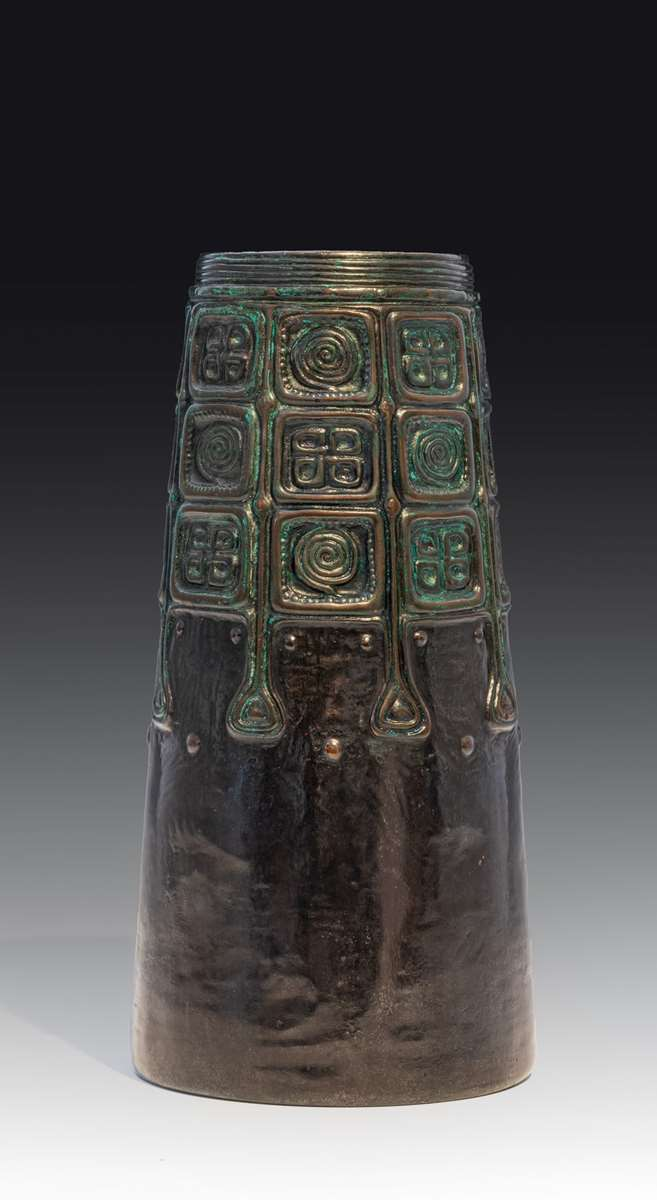 A pair of vases with celtic motifs