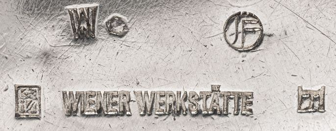 Josef  Hoffmann - PILLBOX | MasterArt