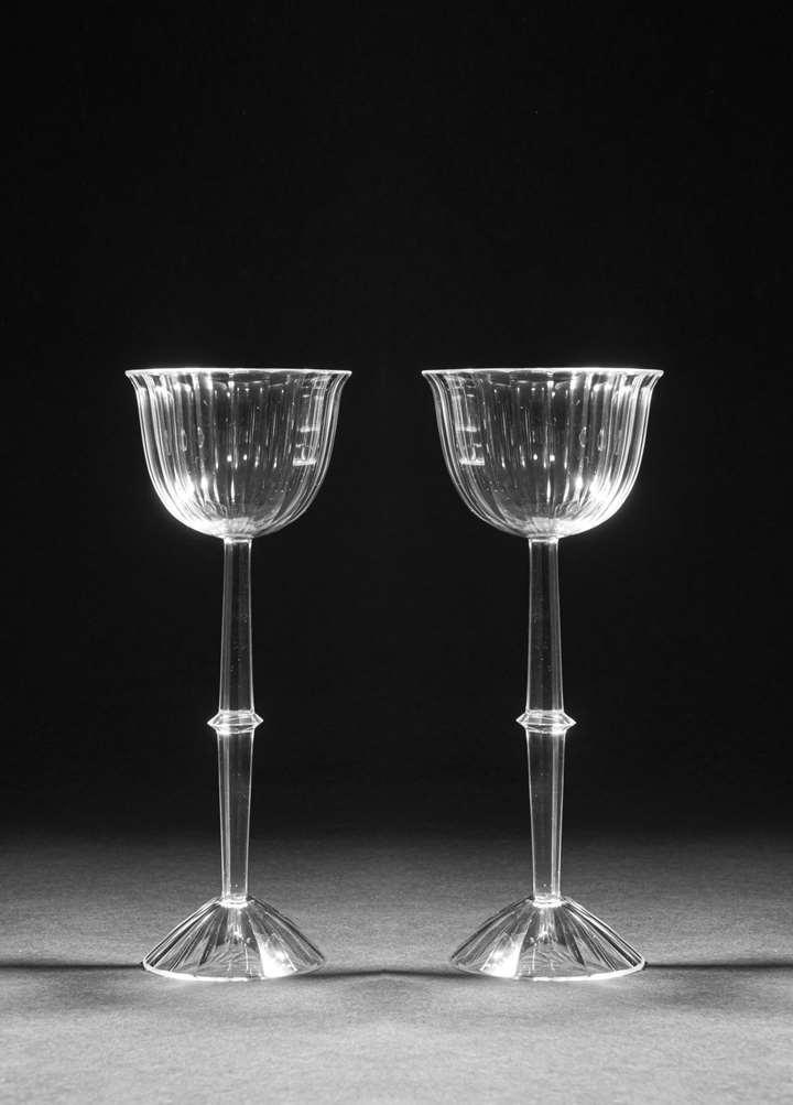 A PAIR OF STEM GLASSES