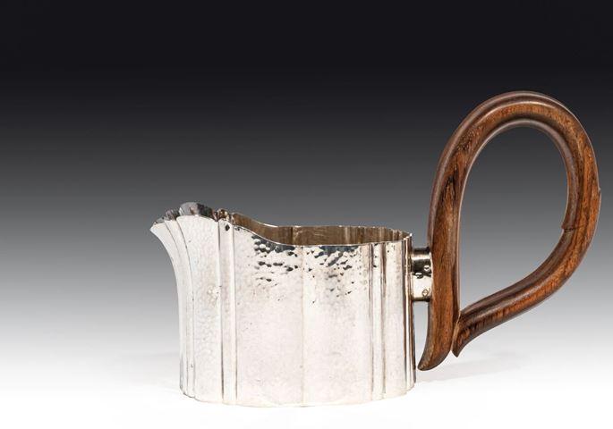 Josef Hoffmann / Wiener Werkstätte - SILVER TEA SET consisting of teapot, creamer, sugar box, tray | MasterArt