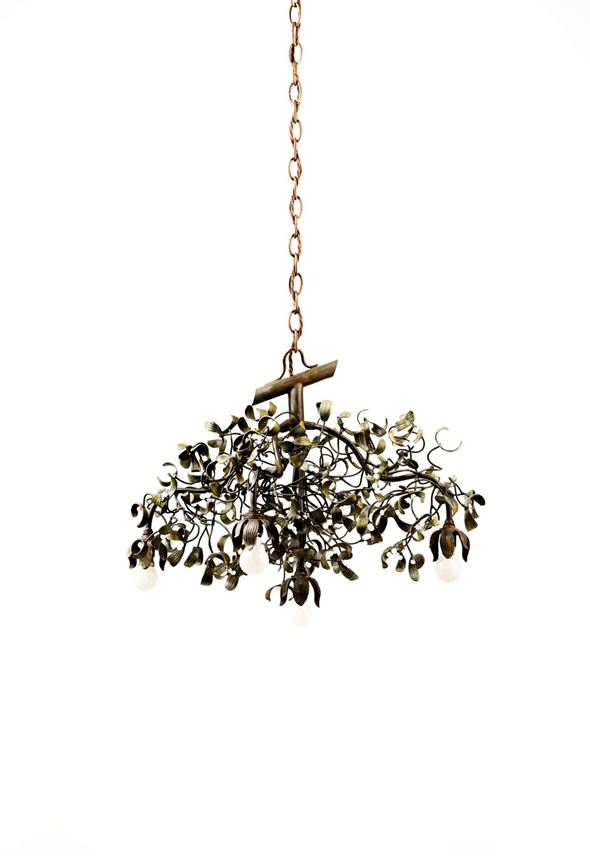 FIVE-BULB MISTLETOE CHANDELIER | MasterArt