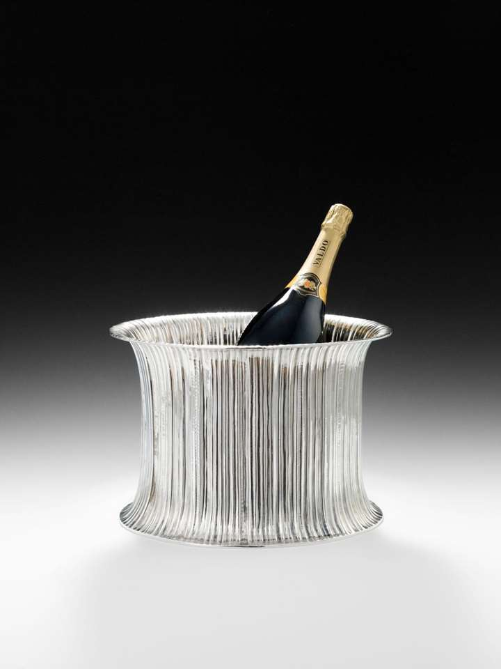 WINE AND CHAMPAGNE COOLER