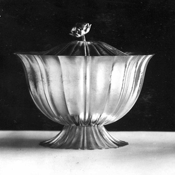 Josef  Hoffmann - Centrepiece | MasterArt