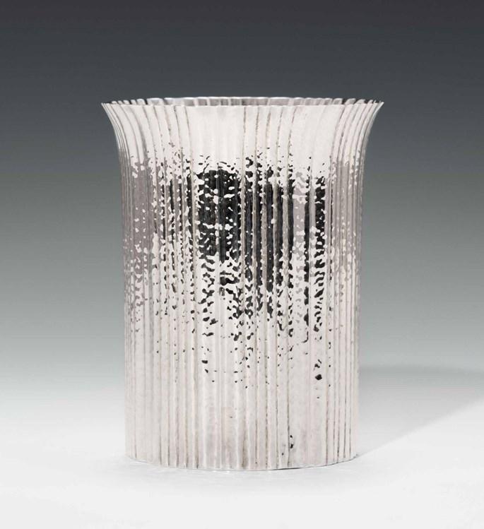 Josef  Hoffmann - Vase   MasterArt