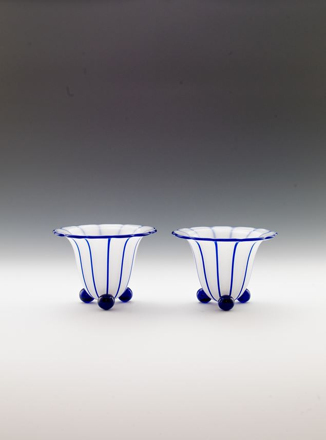 Michael Powolny - A PAIR OF VASES ON BALL FEET | MasterArt