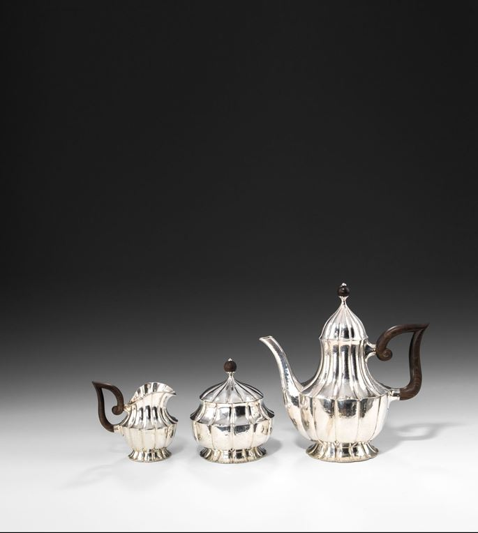 SILVER TEA SERVICE  Consisting of: coffee pot, creamer, lidded sugar bowl  | MasterArt