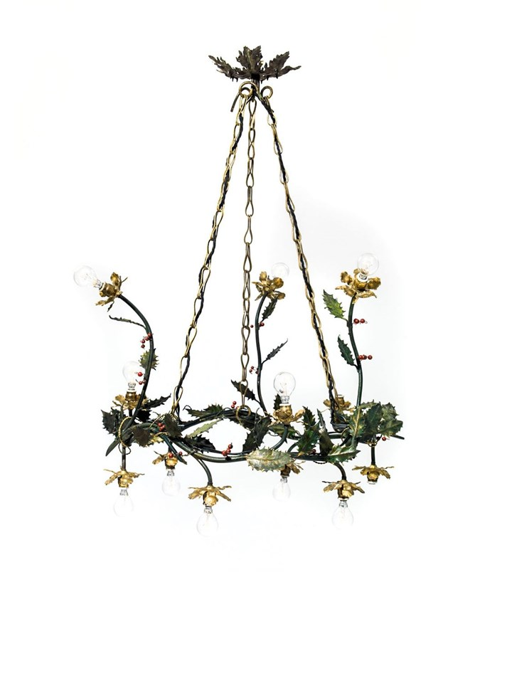 TWELVE-BULB HOLLY CHANDELIER