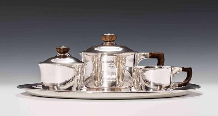 "SILVER TEA SERVICE ""MALINES""