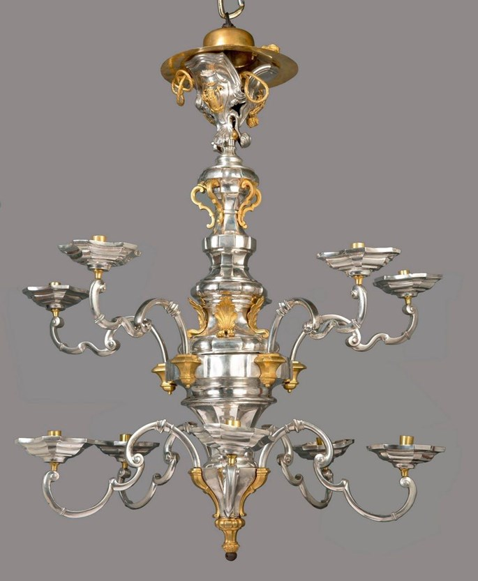 Gino Nunzio - The Marcello Papiniano Cusani pair of 10 lights ormolu mounted silver chandeliers | MasterArt