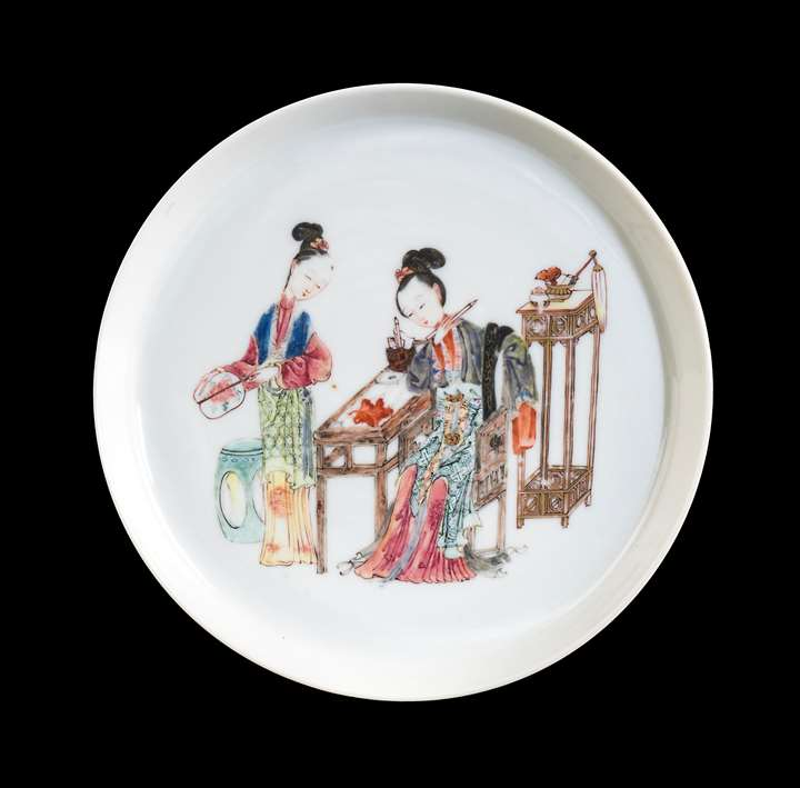 Chinese porcelain famille rose saucer