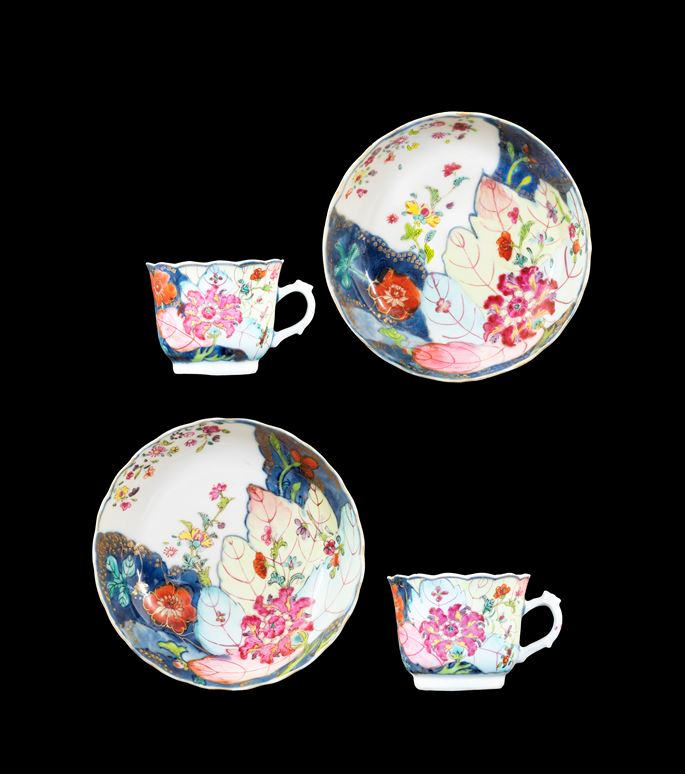 GG: Pair of Chinese export porcelain famille rose cups and saucers with the tobacco leaf pattern | MasterArt