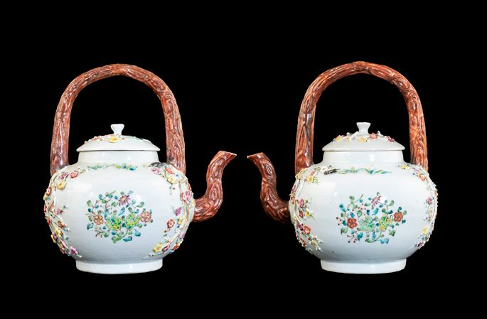 GG: Pair of Chinese export porcelain famille rose punchpots with appliqué flowers | MasterArt