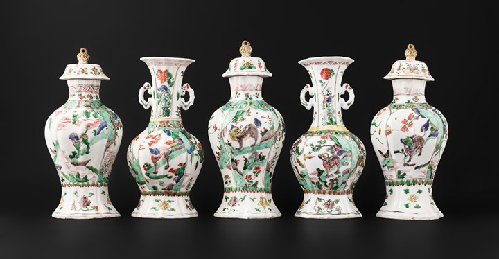 Chinese export porcelain famille verte five piece garniture