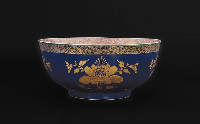 Chinese porcelain powder blue and gilt punchbowl | MasterArt