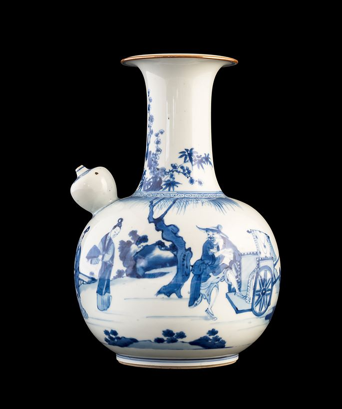 Large chinese porcelain blue and white kendi | MasterArt
