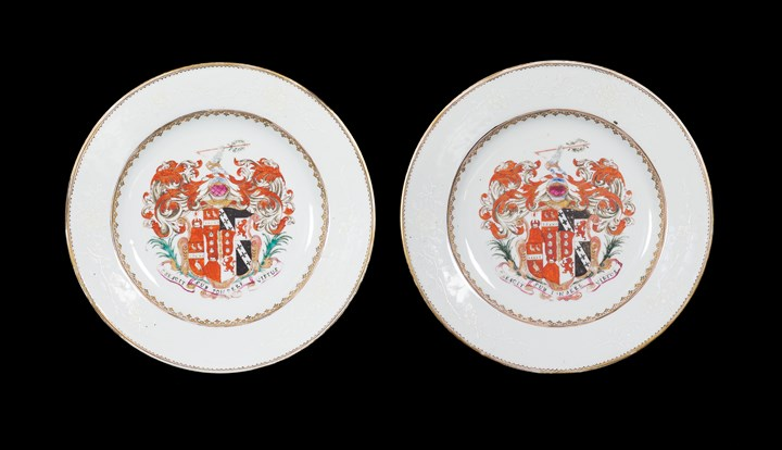 Pair of chinese export armorial porcelain dinner plates, chapman