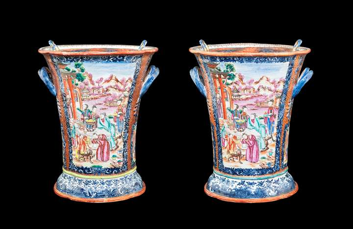 pair of chinese export porcelain boughpots with decorationin famille rose and underglaze blue
