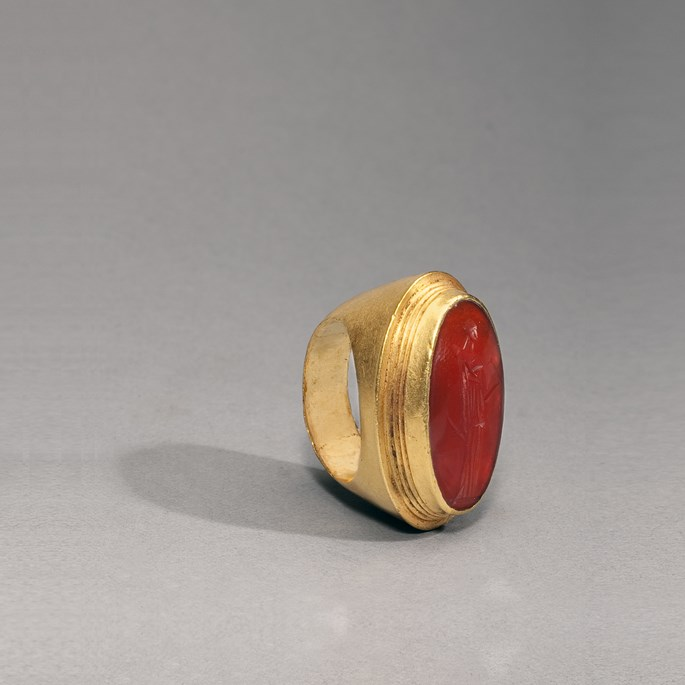 Gold and Carnelian Ring  | MasterArt