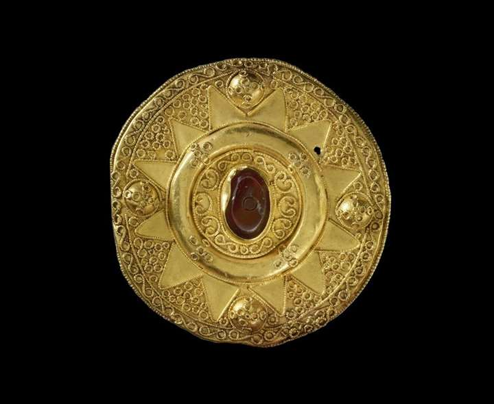 Lombardic Gold Disk