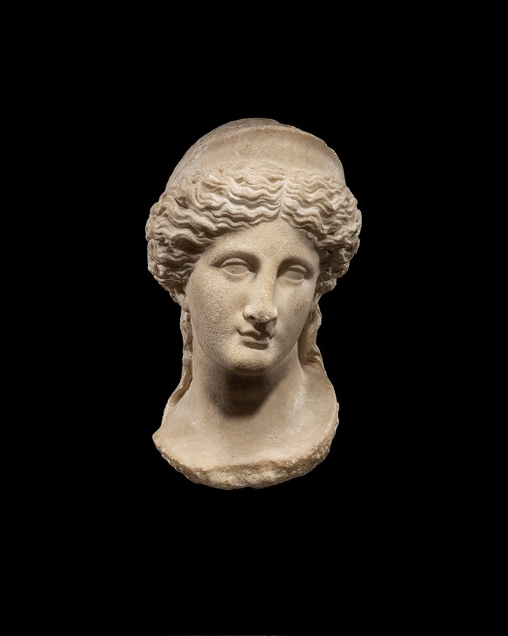 Roman head of the goddess Venus, with a diadem
