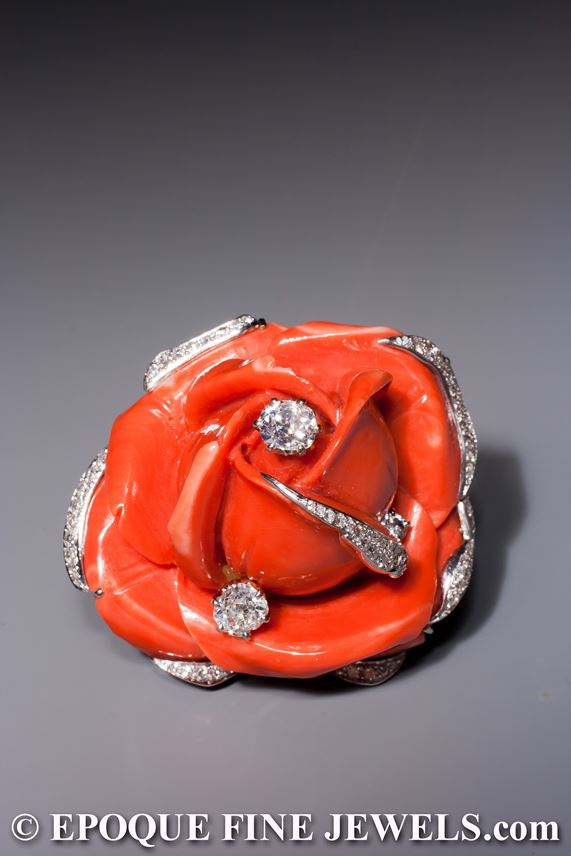 A beautiful 1950ies coral and diamond flower clip brooch | MasterArt