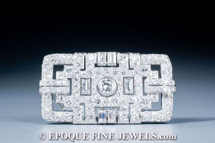 A very fine Art Deco diamond brooch