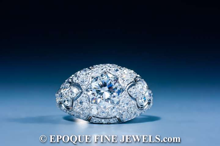 A very fine Art Deco diamond ring,