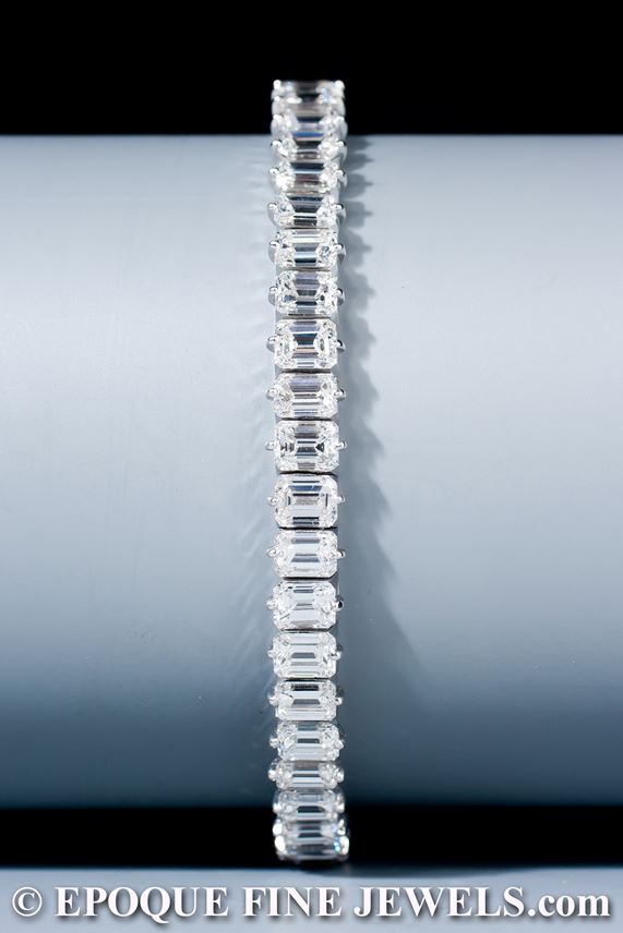 A very fine emerald cut diamond line bracelet | MasterArt