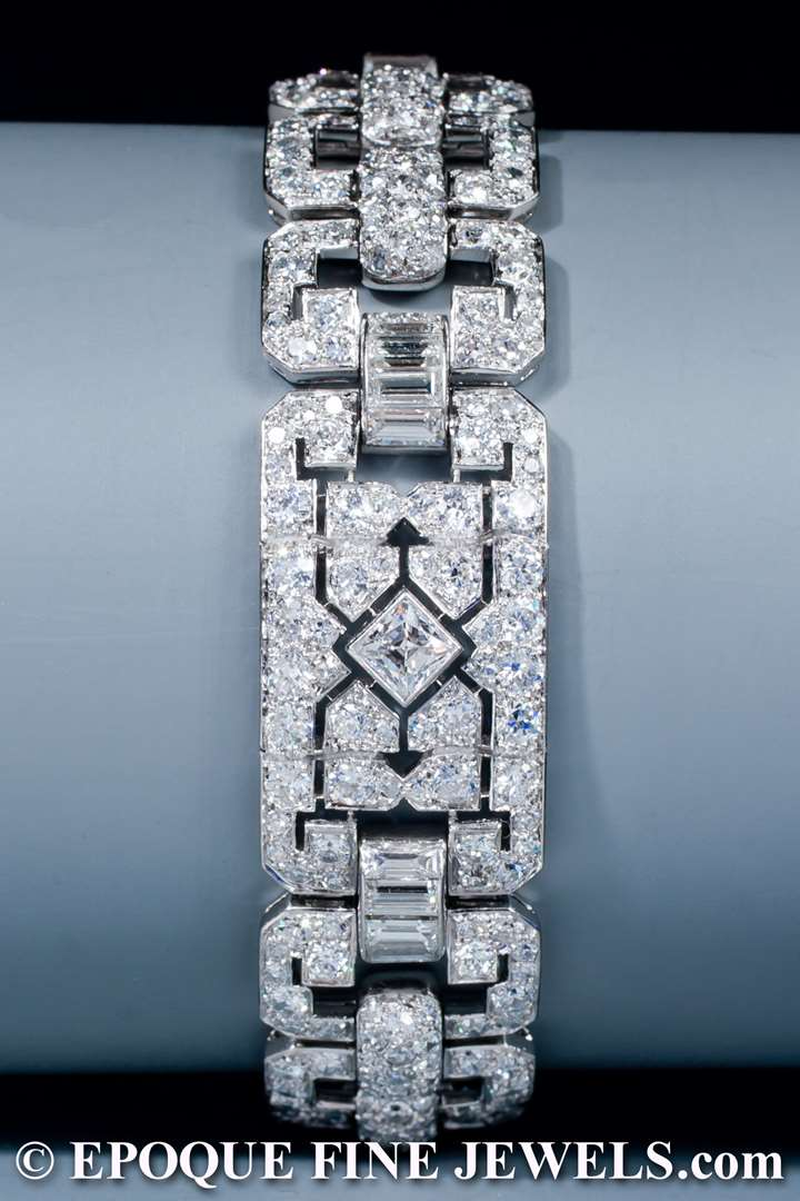 A very fine Art Deco diamond bracelet,