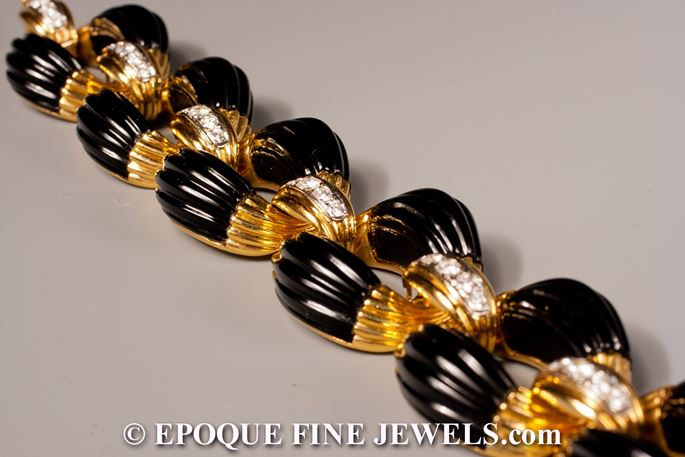 Neiman Marcus - A very stylish onyx and diamond bracelet, retailed by Neiman Marcus, | MasterArt