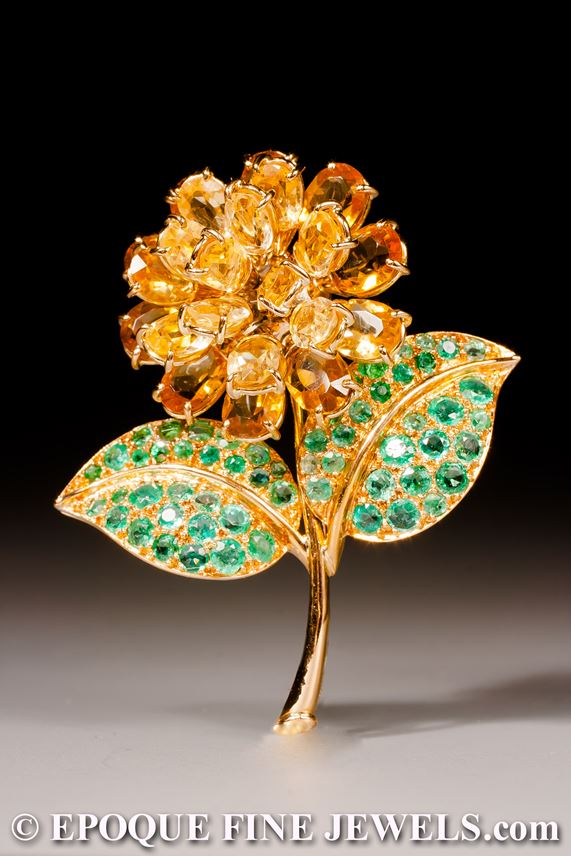 René Boivin - An 18 karat yellow gold , citrine and emerald flower brooch | MasterArt
