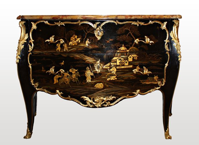 Louis Foureau - A Louis XV ormolu-mounted  Vernis Européen Commode stamped by Louis Foureau | MasterArt
