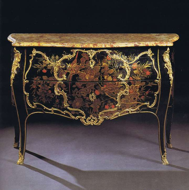 Fine Louis XV European lacquer Commode attributed to Mathieu Criaerd