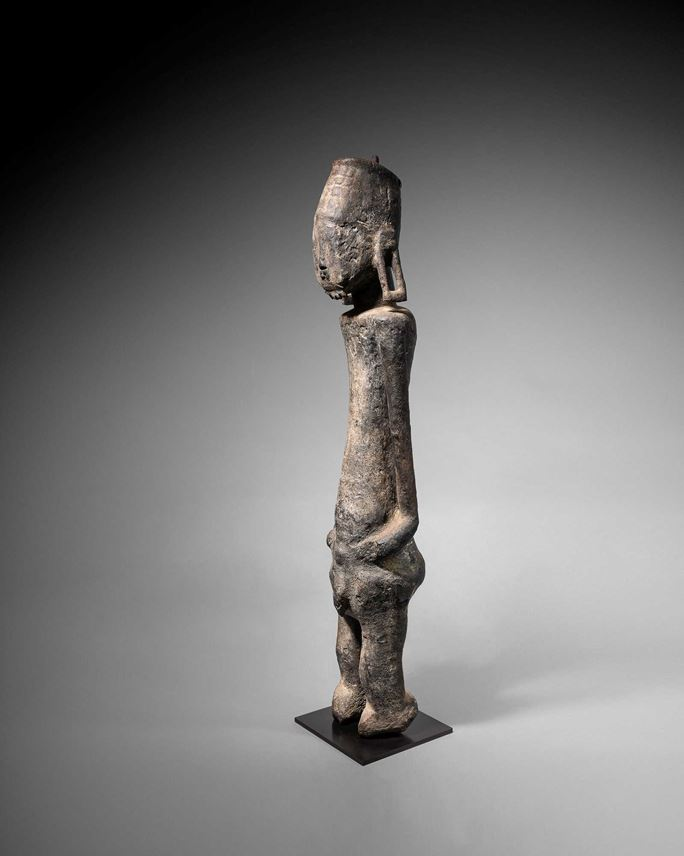 Commemorative ancestor figure Jukun People, Nigeria | MasterArt