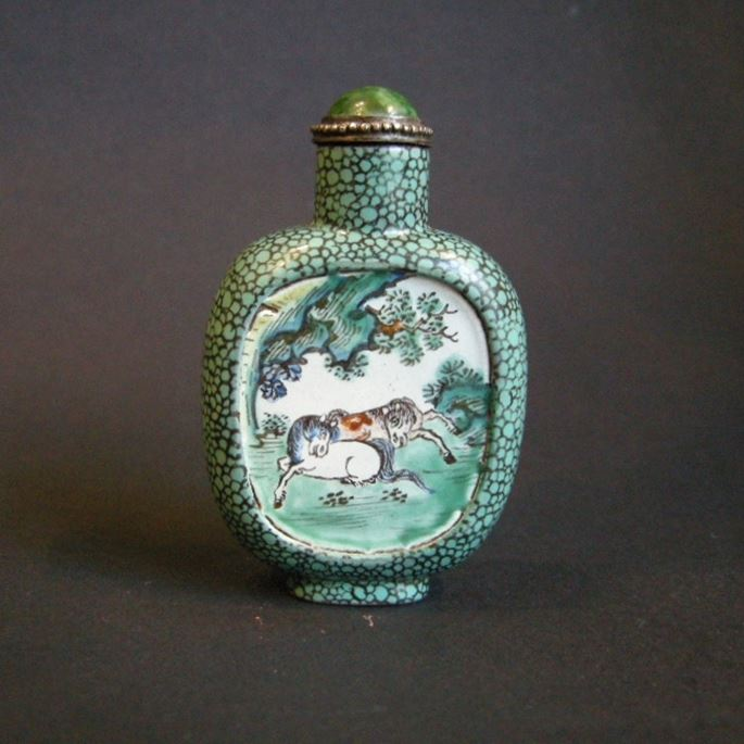 Yixing ware snuff bottle | MasterArt