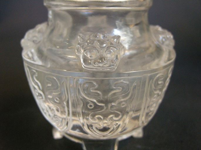 small incense burner and cover  sculpted in rock Crystal  - 18/19° century  | MasterArt