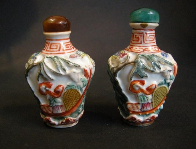 Snuff bottles moulded | MasterArt