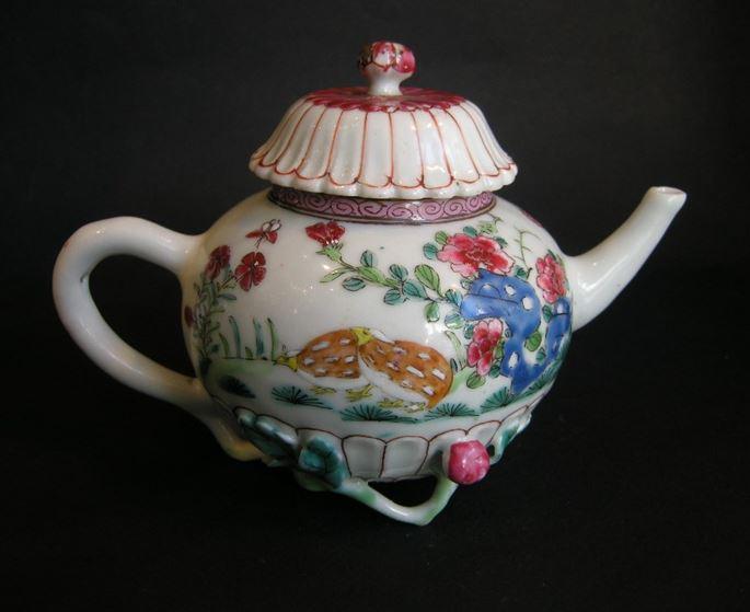 Porcelain teapot molded | MasterArt