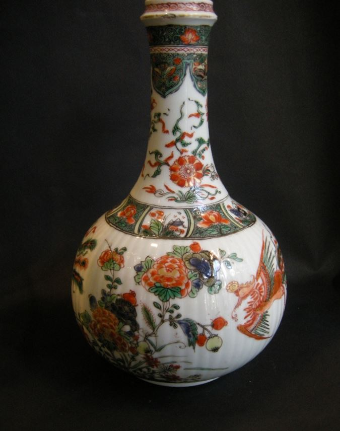 """Bottle """"famille verte"""" porcelain decorated with phoenix and flowers Kangxi period 